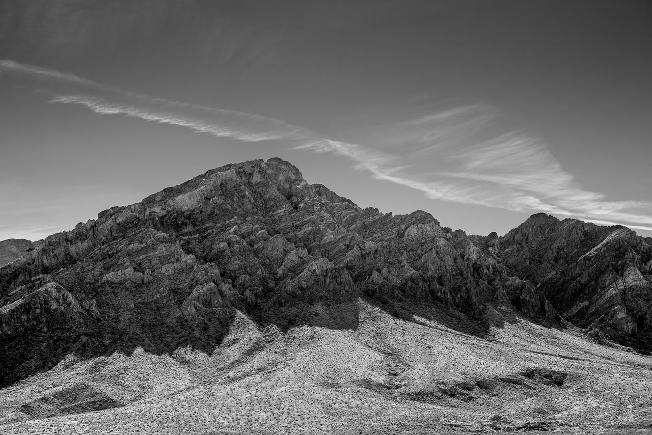 IMAGE: https://horshack.smugmug.com/Nature/Nevada/i-KvKZLb7/0/X2/nevada_90-X2.jpg